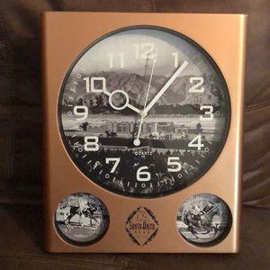 🐎 Santa Anita Park Clock